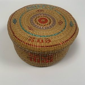 WICKER JEWELRY BASKET WITH LID